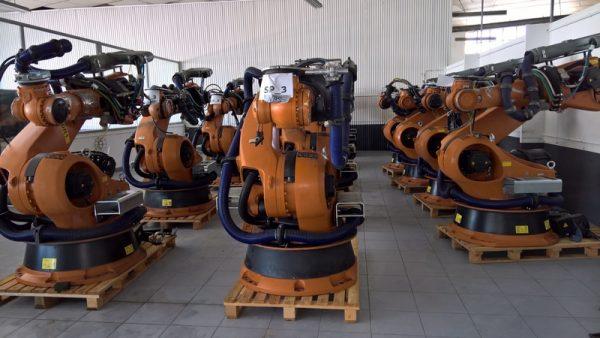 Robot industrial usado