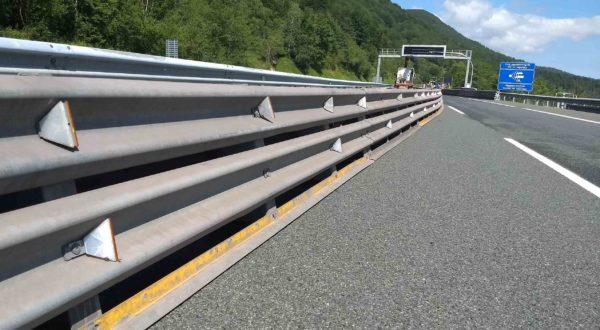 Barreras seguridad vial metálicas